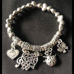 NWOT Charm stretchy Charm Bracelet